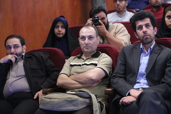 كاوه كهن - صدرا قاضي جشنواره تقدير از خبرنگاران برتر حوزه ايثار و شهادت 17 مردادماه 1395